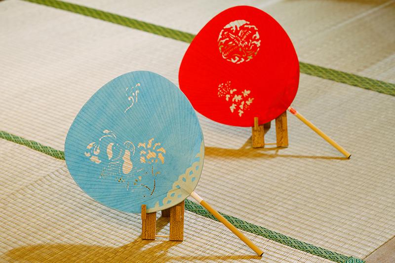 涼しげな奈良団扇