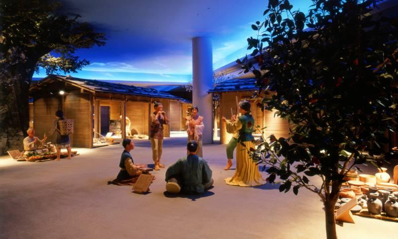 奈良県立万葉文化館 展示(万葉文化館提供)